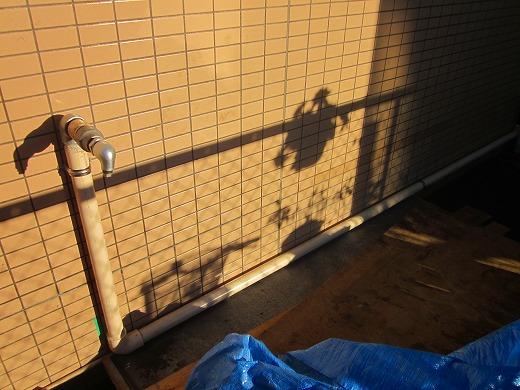 事前に施工した配管の写真1